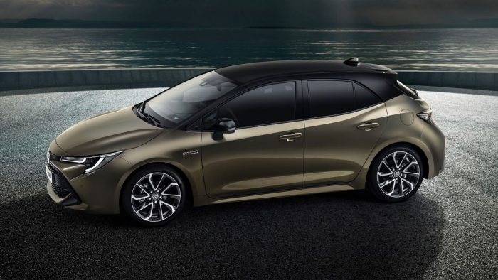 Toyota Auris 2019. Vista lateral