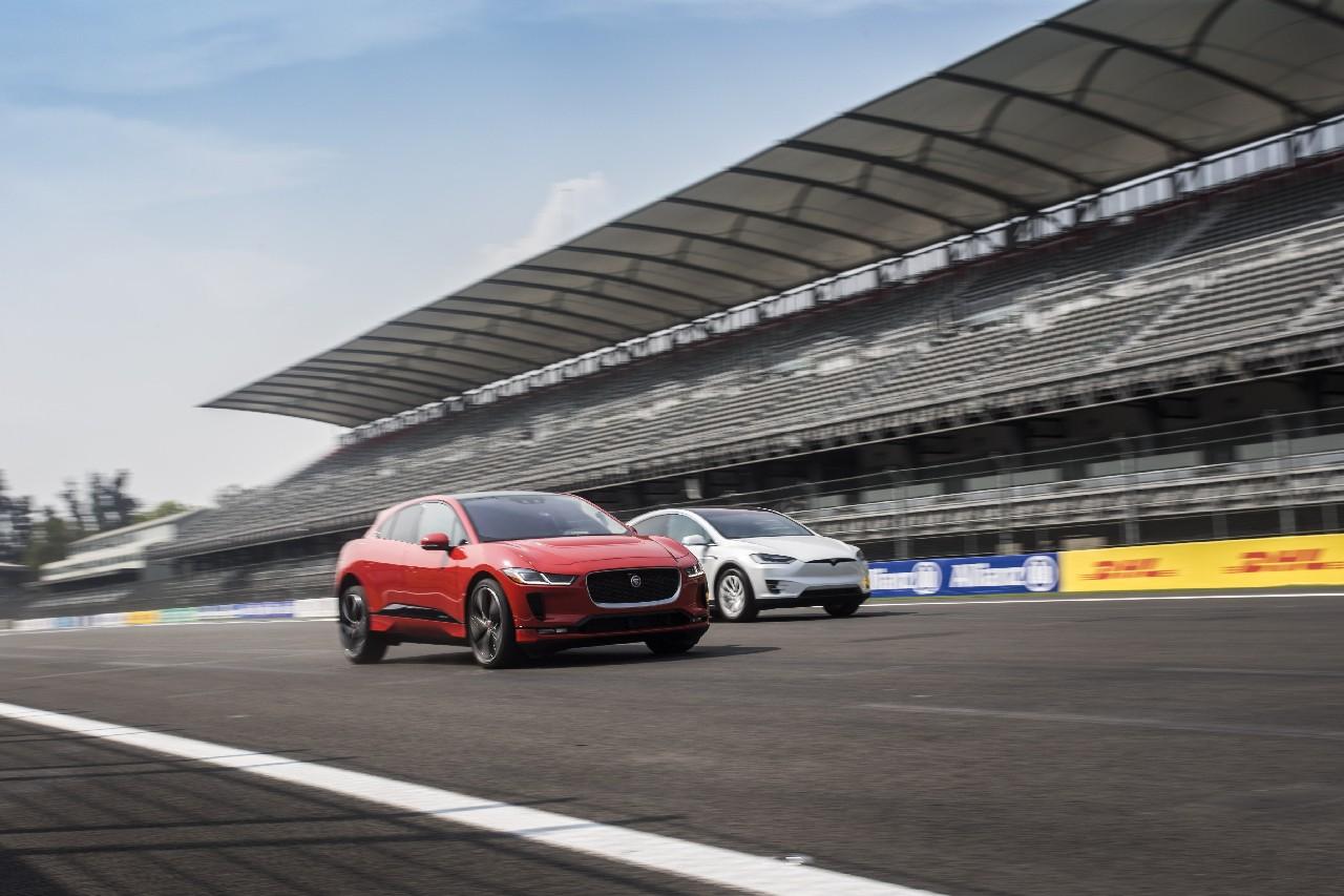 jaguar-i-pace-vs-tesla-model-x 10