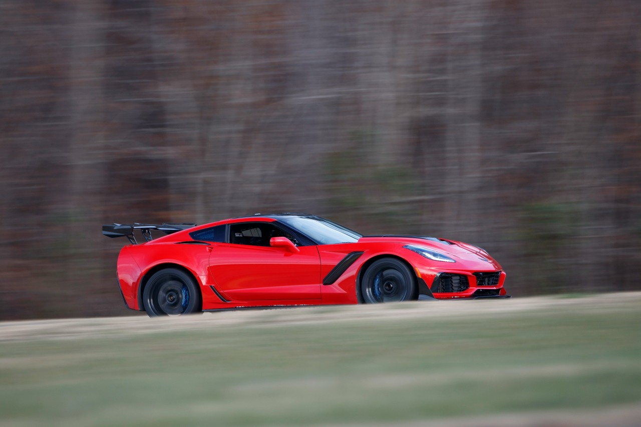 chevrolet_corvette_zr1_805