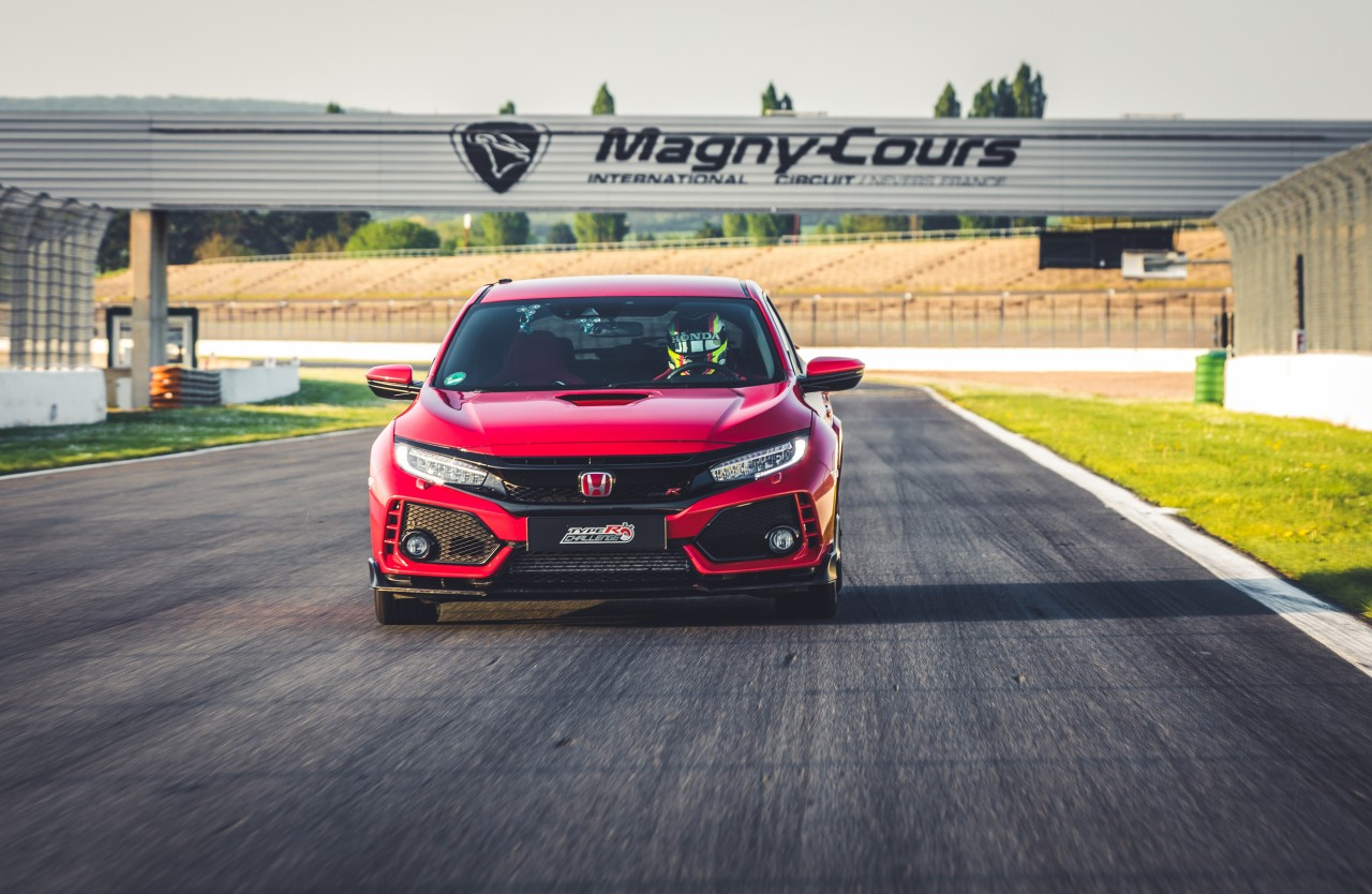 honda-civic-type-r-magny-cours 3