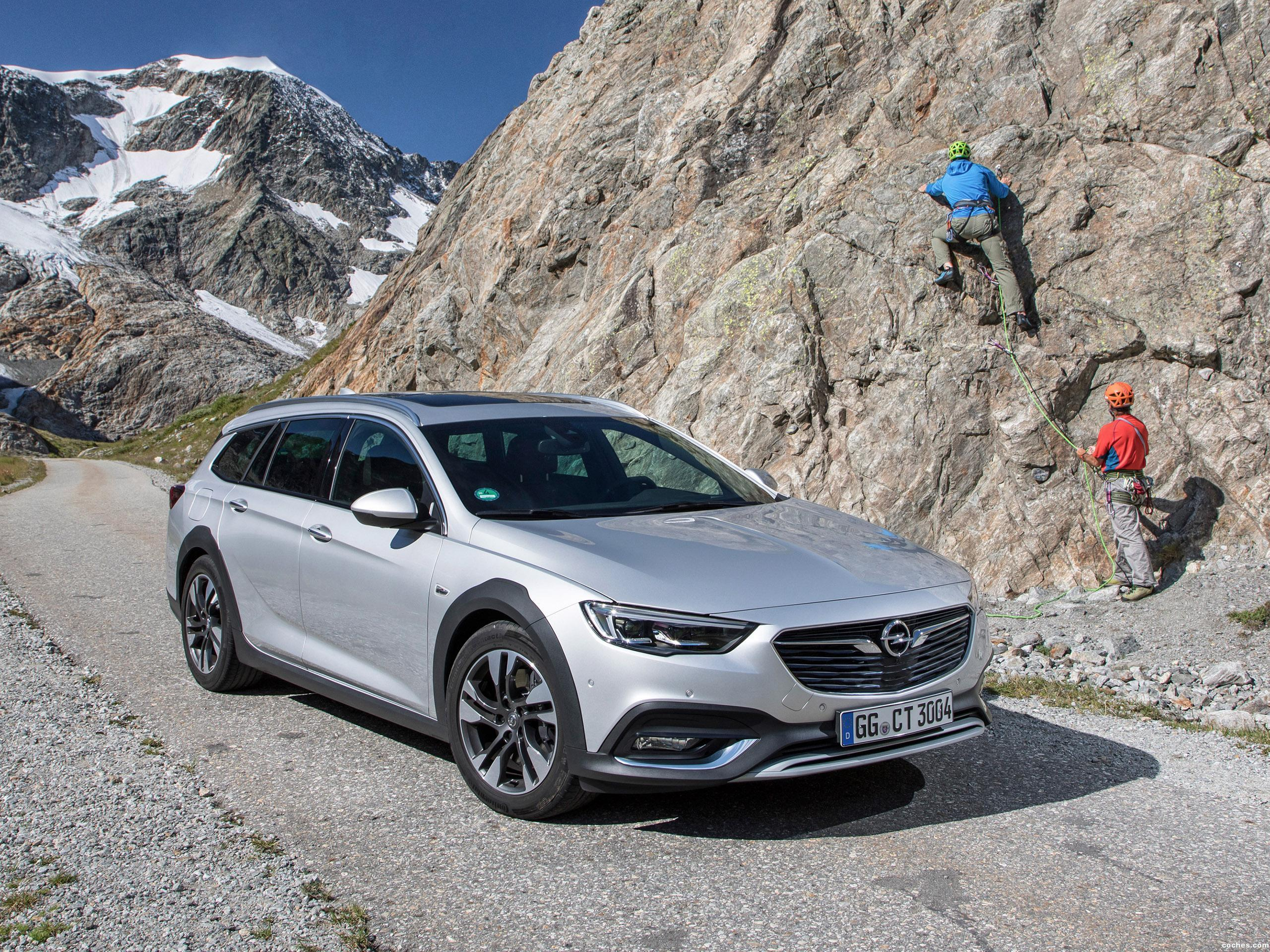 opel_insignia-country-tourer-turbo-4×4-2017_r37.jpg