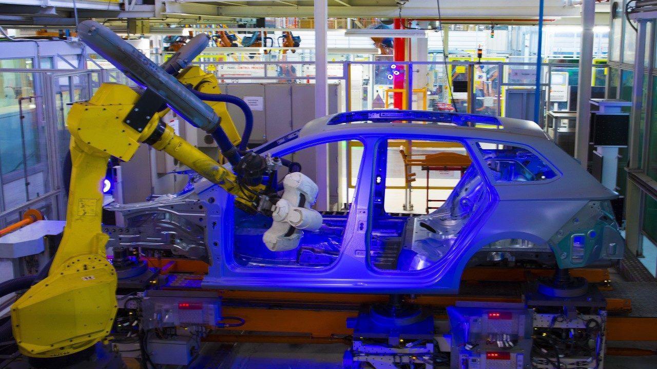 seat-fabrica-martorell-robots 6