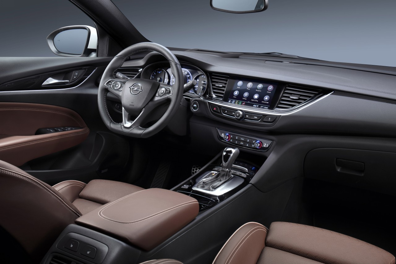 New generation infotainment systems debut in Insignia.