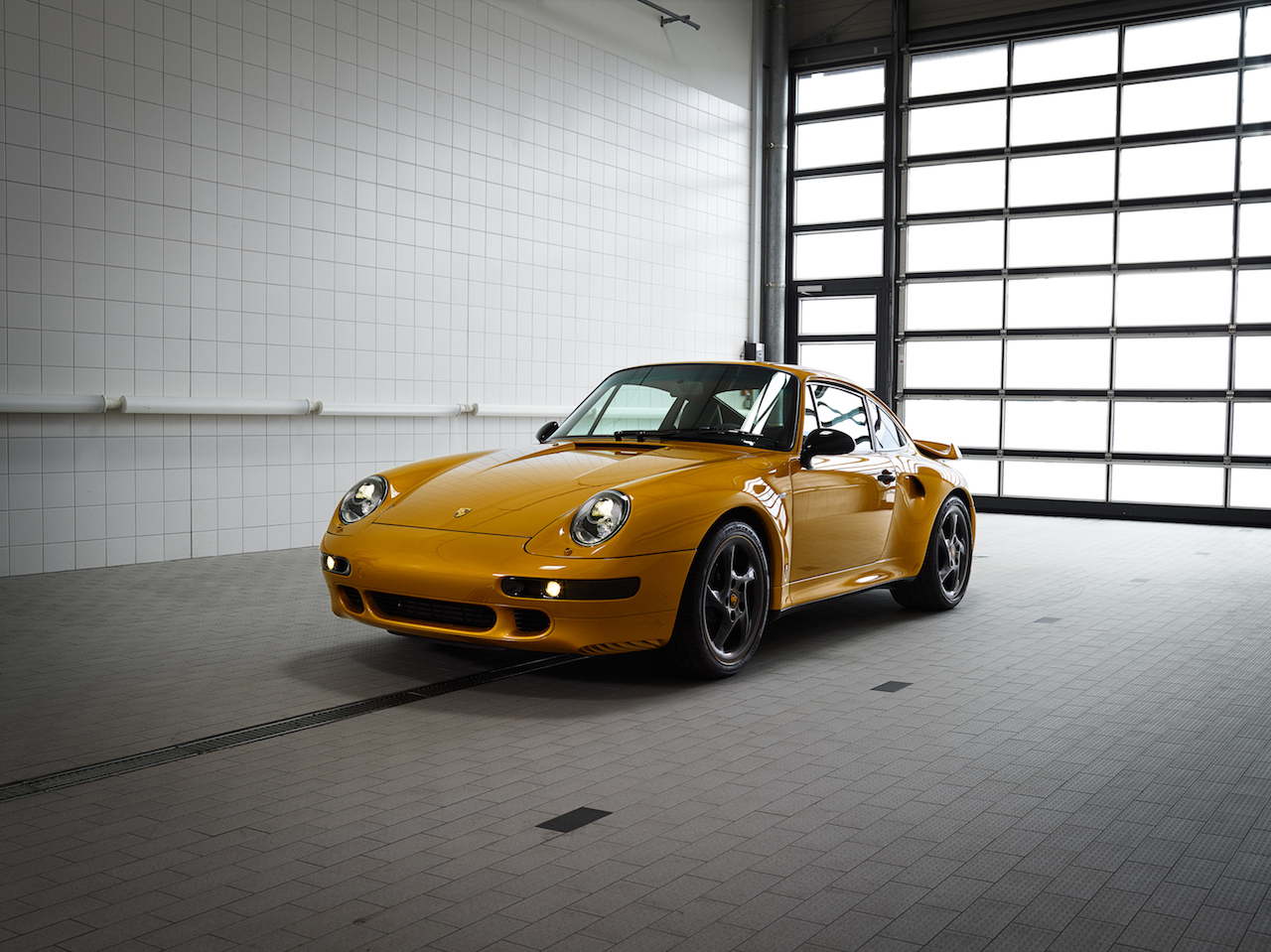 porsche-911-993-turbo-project-gold-1