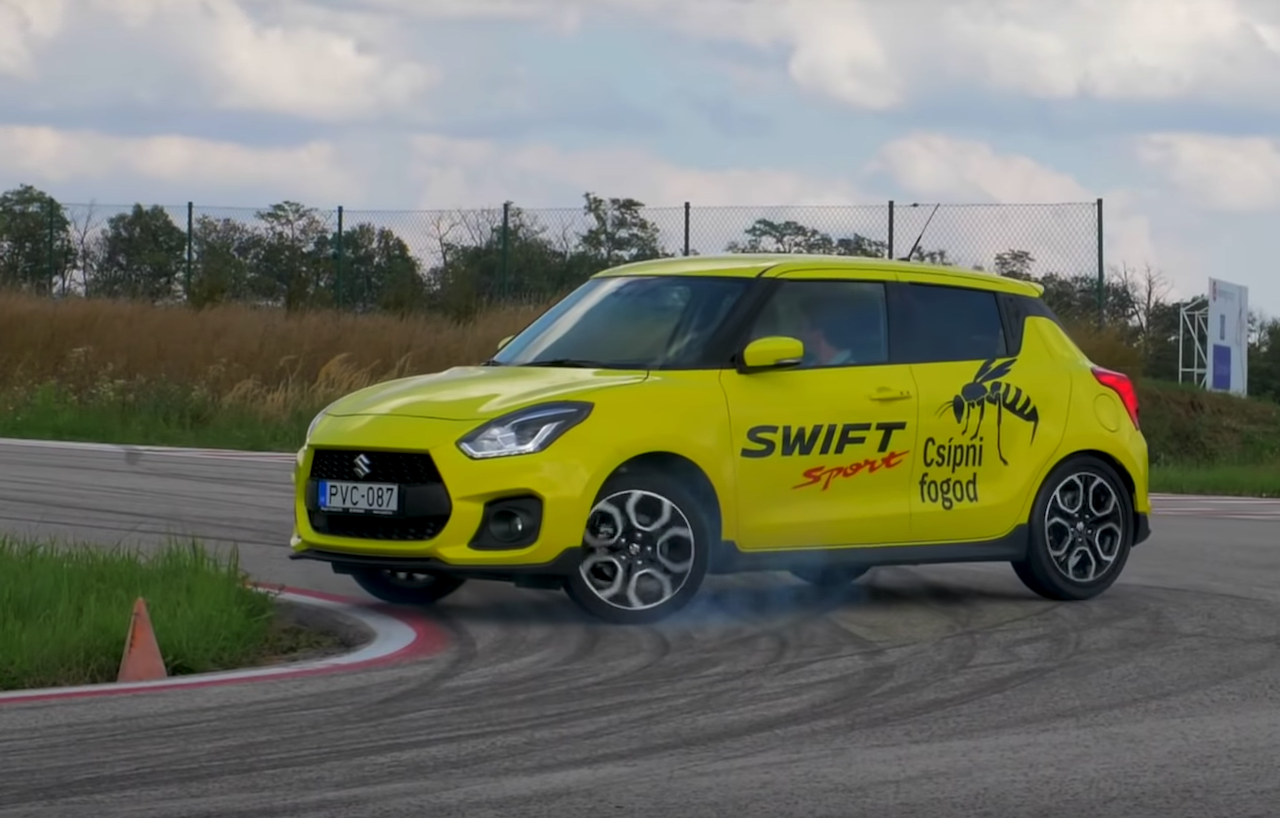 suzuki-swift-sport-drifting