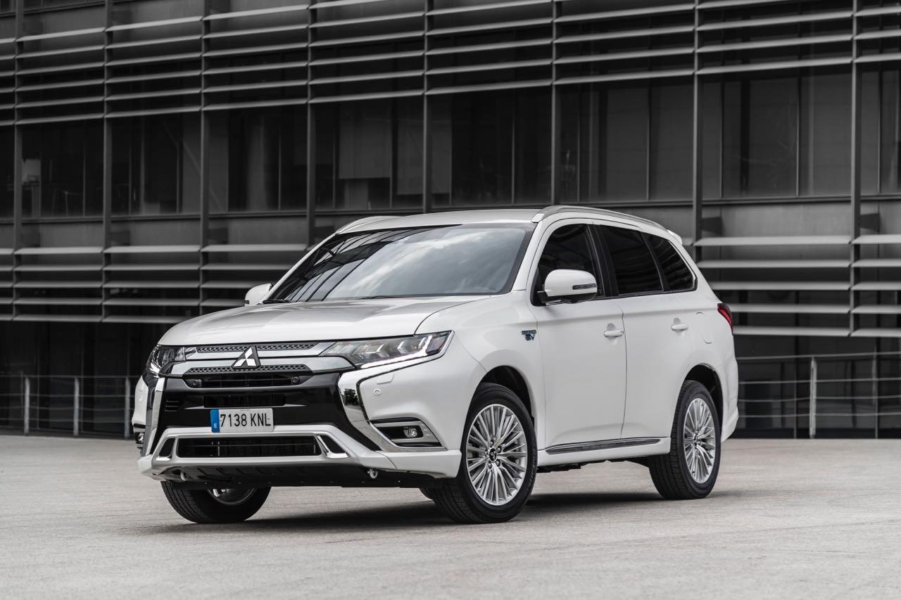 Mitsubishi Outlander PHEV 2019 – 10