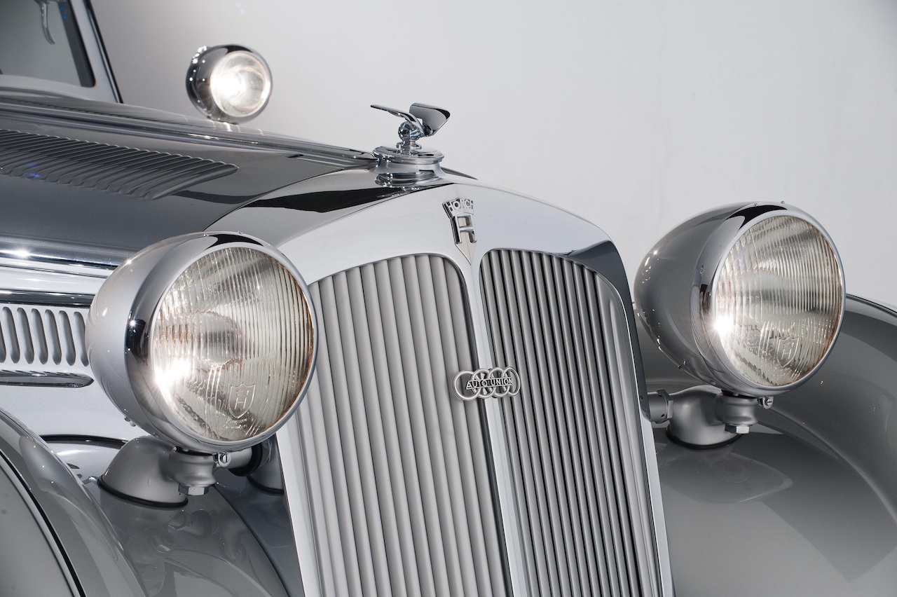horch_853_special_roadster_by_erdmann_rossi_59