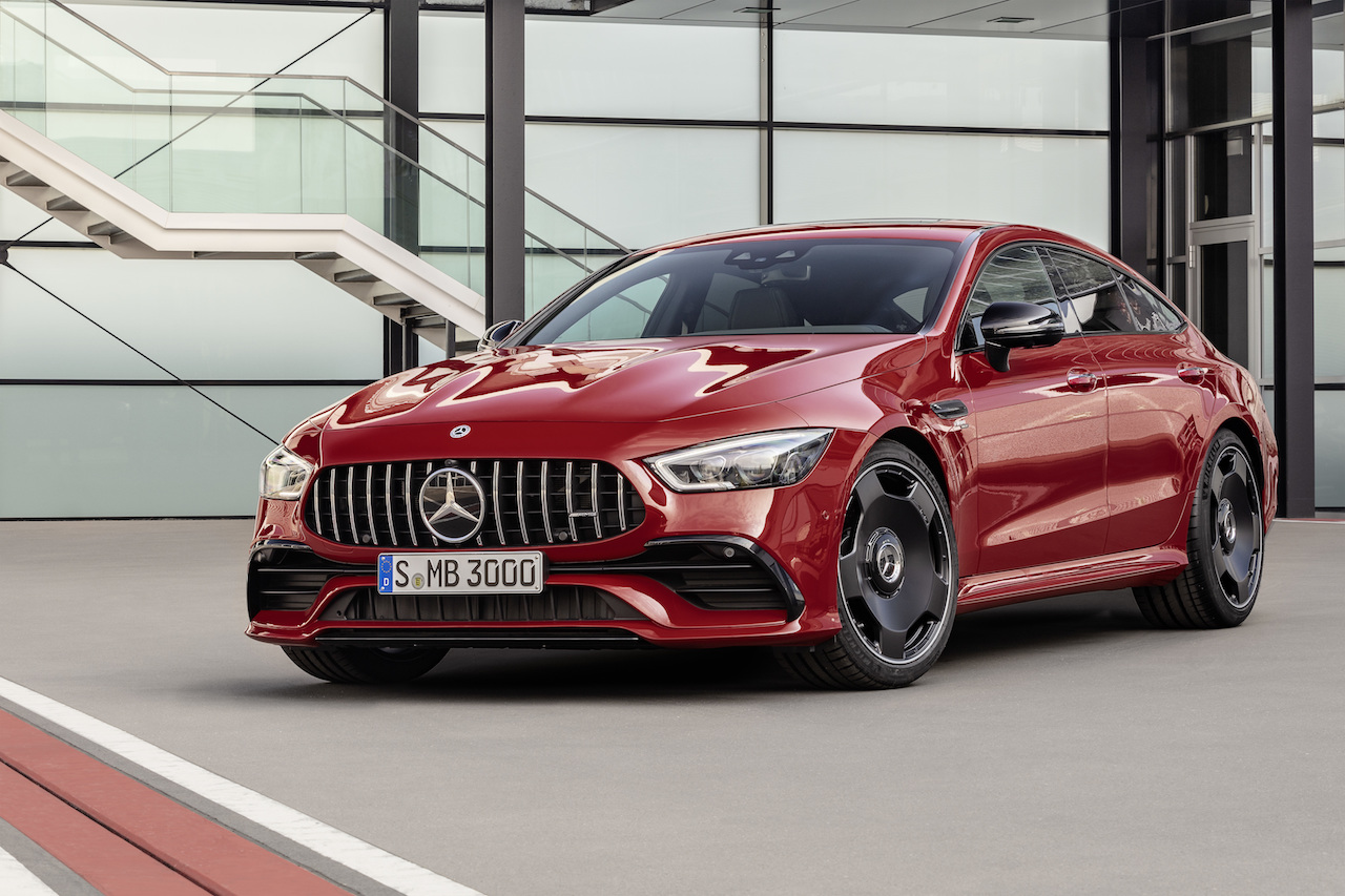 Verkaufsstart für neue Mercedes-AMG GT 4-Türer Coupé Modelle: Sportwagen-Portfolio wächst weiterSales launch of the new Mercedes-AMG GT 4-door Coupé models: Sports car portfolio continues to grow