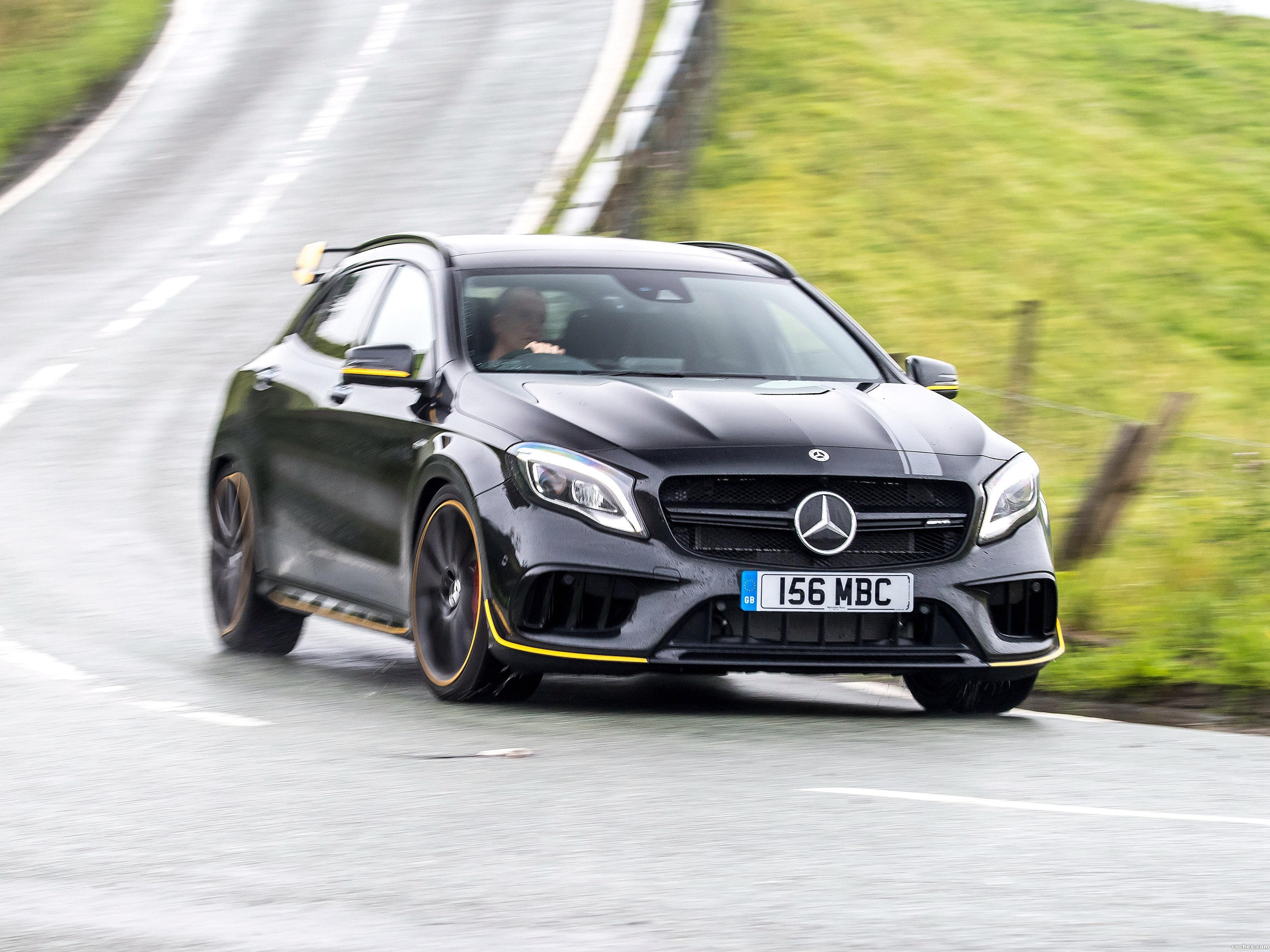amg_mercedes-gla-45-4matic-yellow-night-edition-x156-uk-2017_r39.jpg