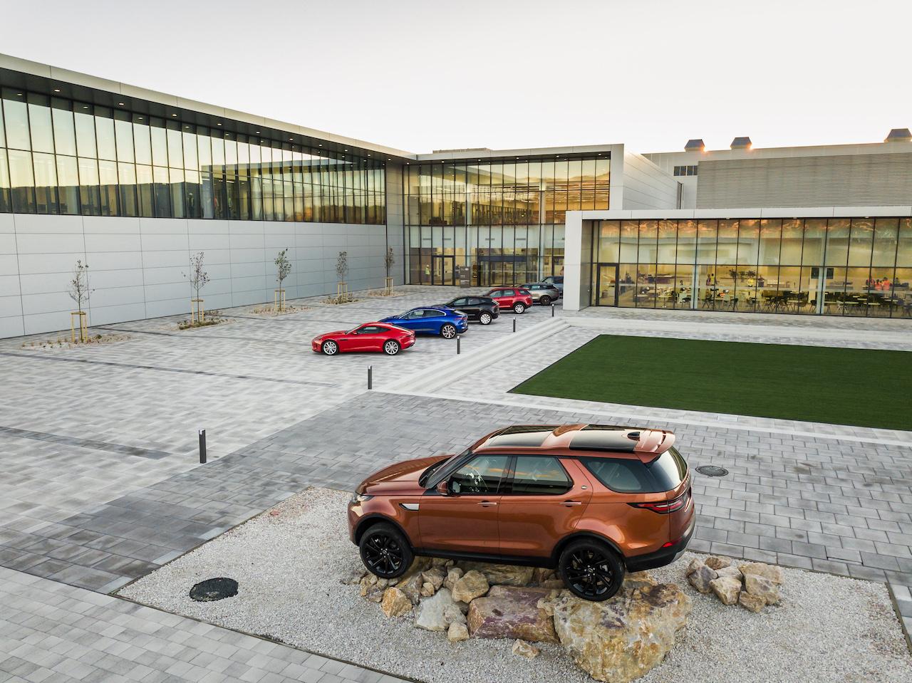 jaguar-land-rover-fabrica-nitra-eslovaquia-2