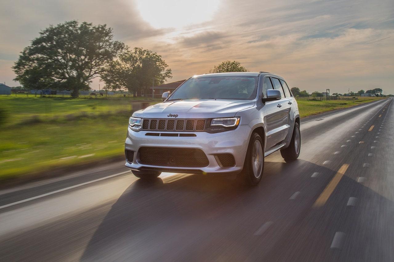 jeep-grand-cherokee-trackhawk-hennessey-11