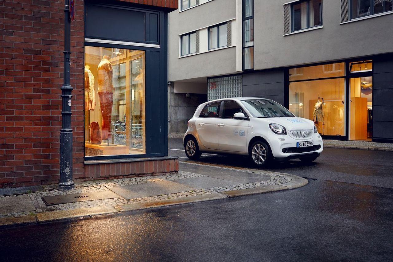 smart-eq-forfour-car2go-2