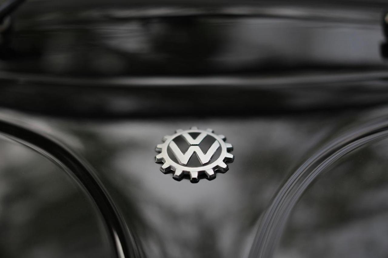 volkswagen-beetle-mas-antiguo-restaurado-8