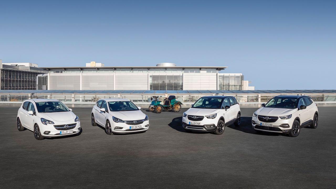 Opel 120 años edicioens especiales