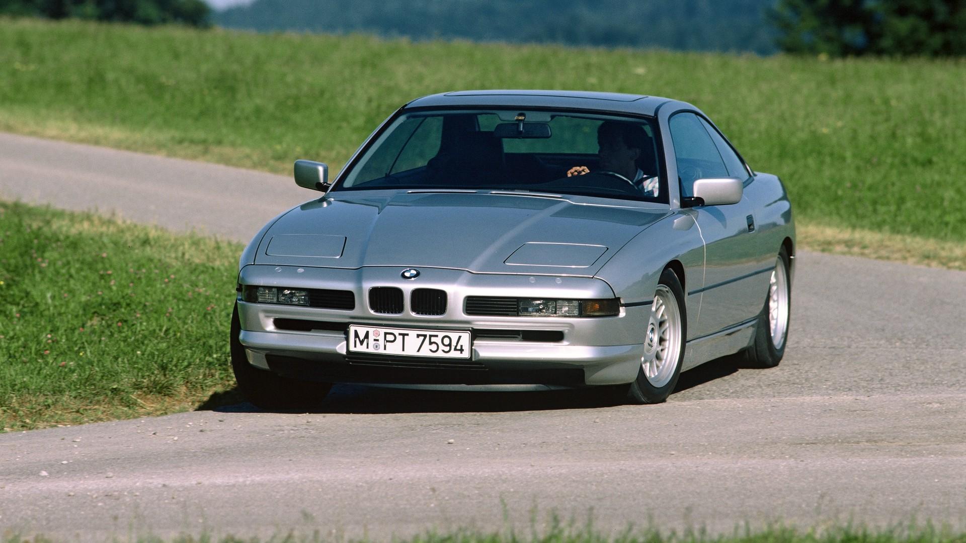 BMW_850i_E31_001