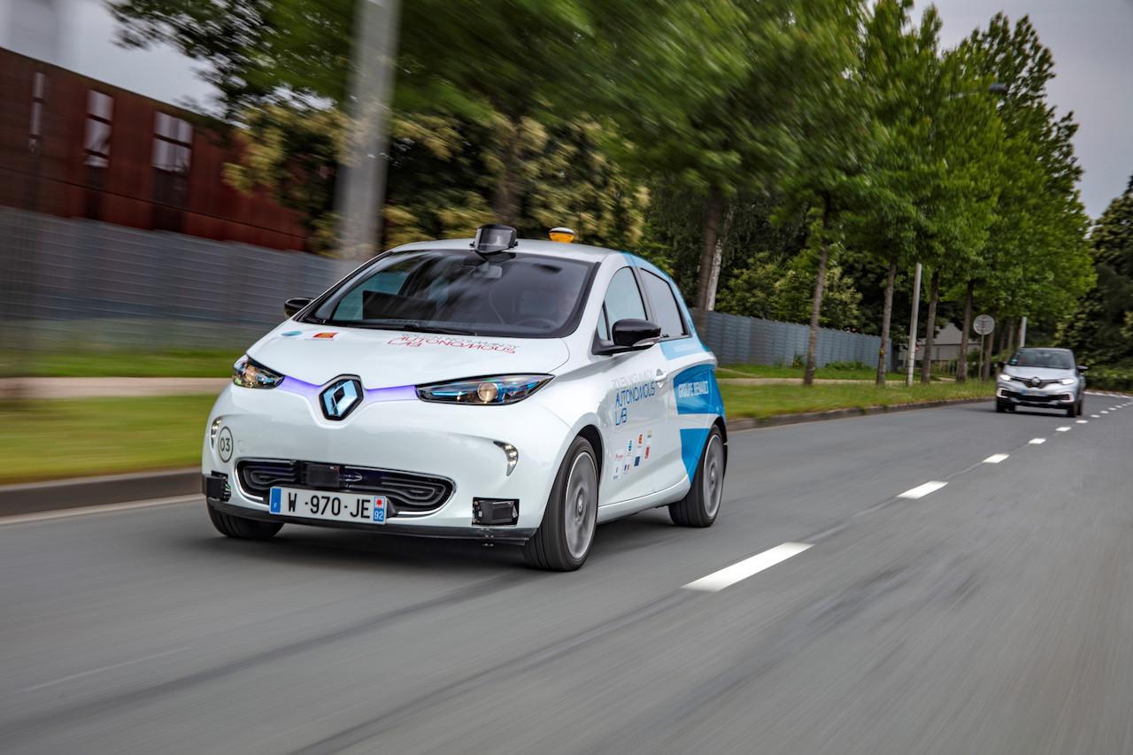 2018 – Rouen Normandy Autonomous Lab – Expérimentation Renault ZOE robot taxi