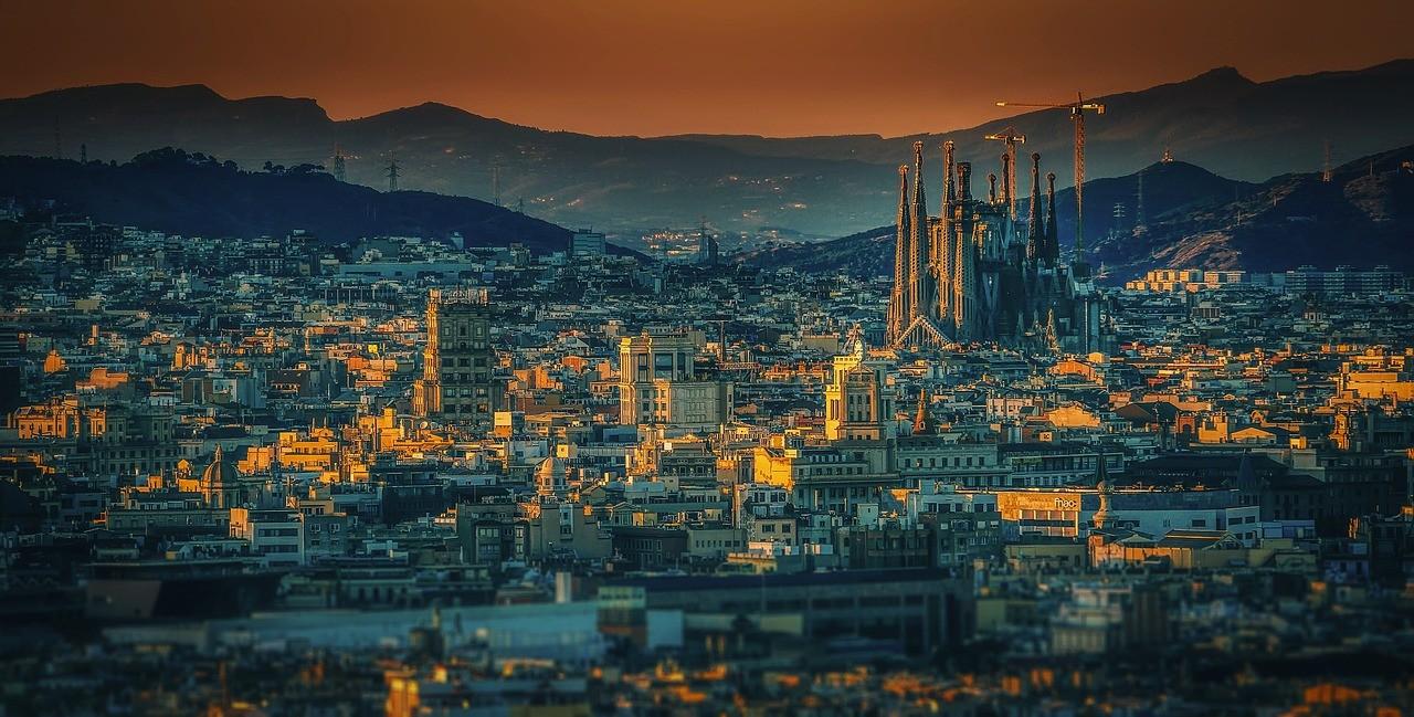 barcelona-3226639_1280 (1)