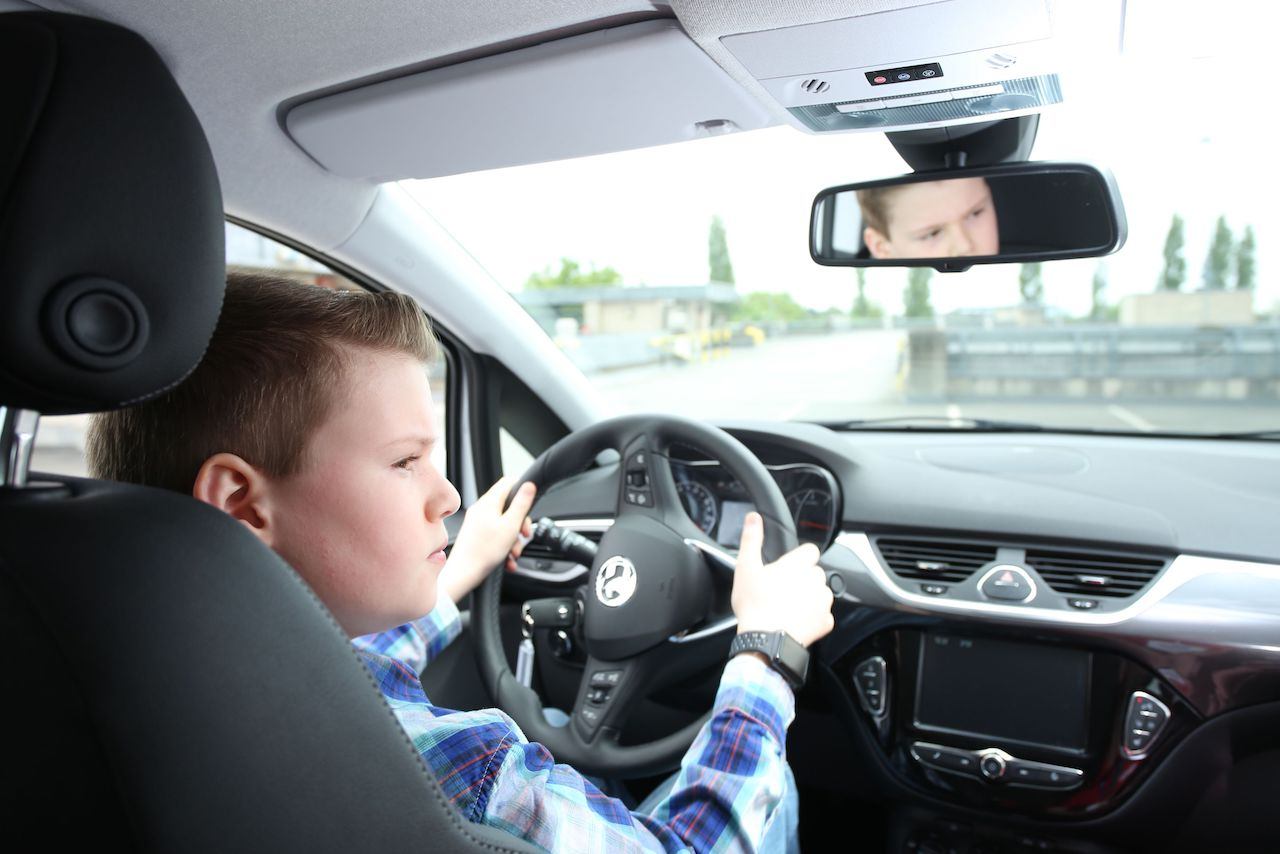 conductor-joven