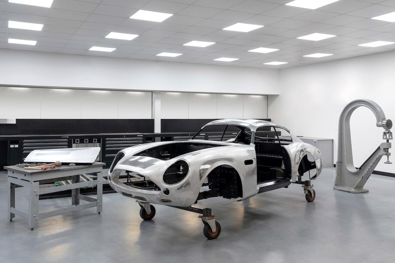 DB4 GT Zagato Production_01