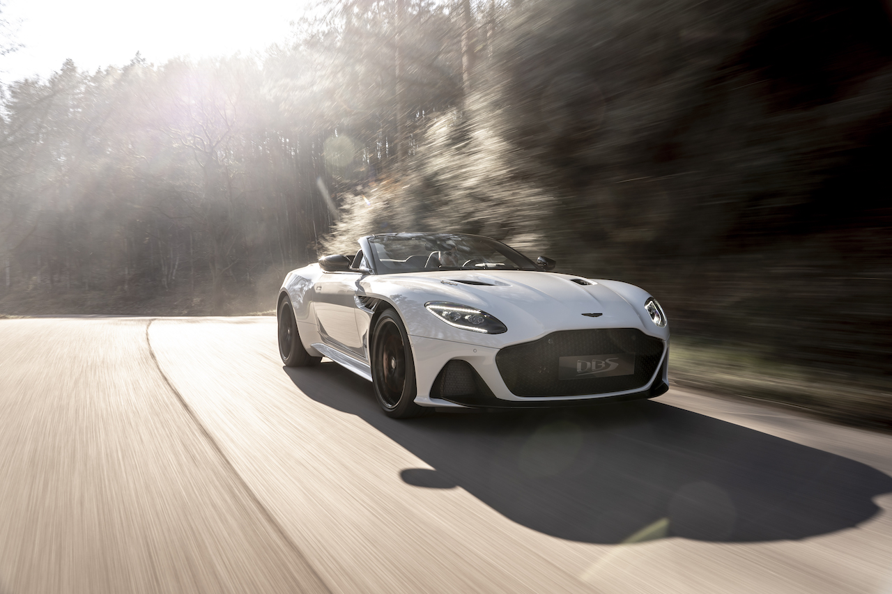 DBS Superleggera Volante (17)
