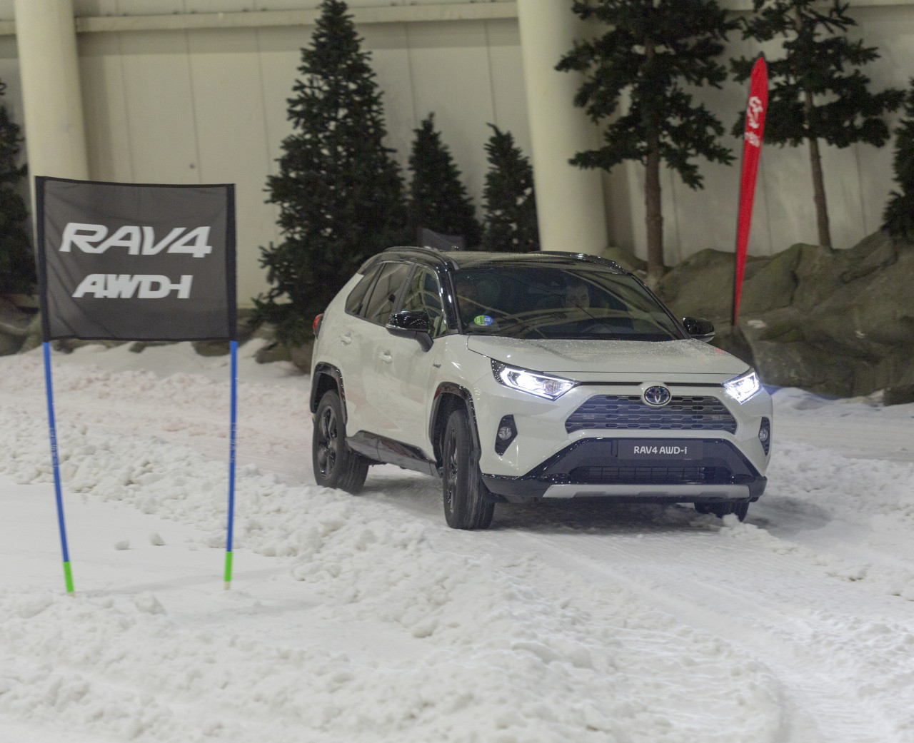 RAV4 hybrid AWD-i – Presentación (19)