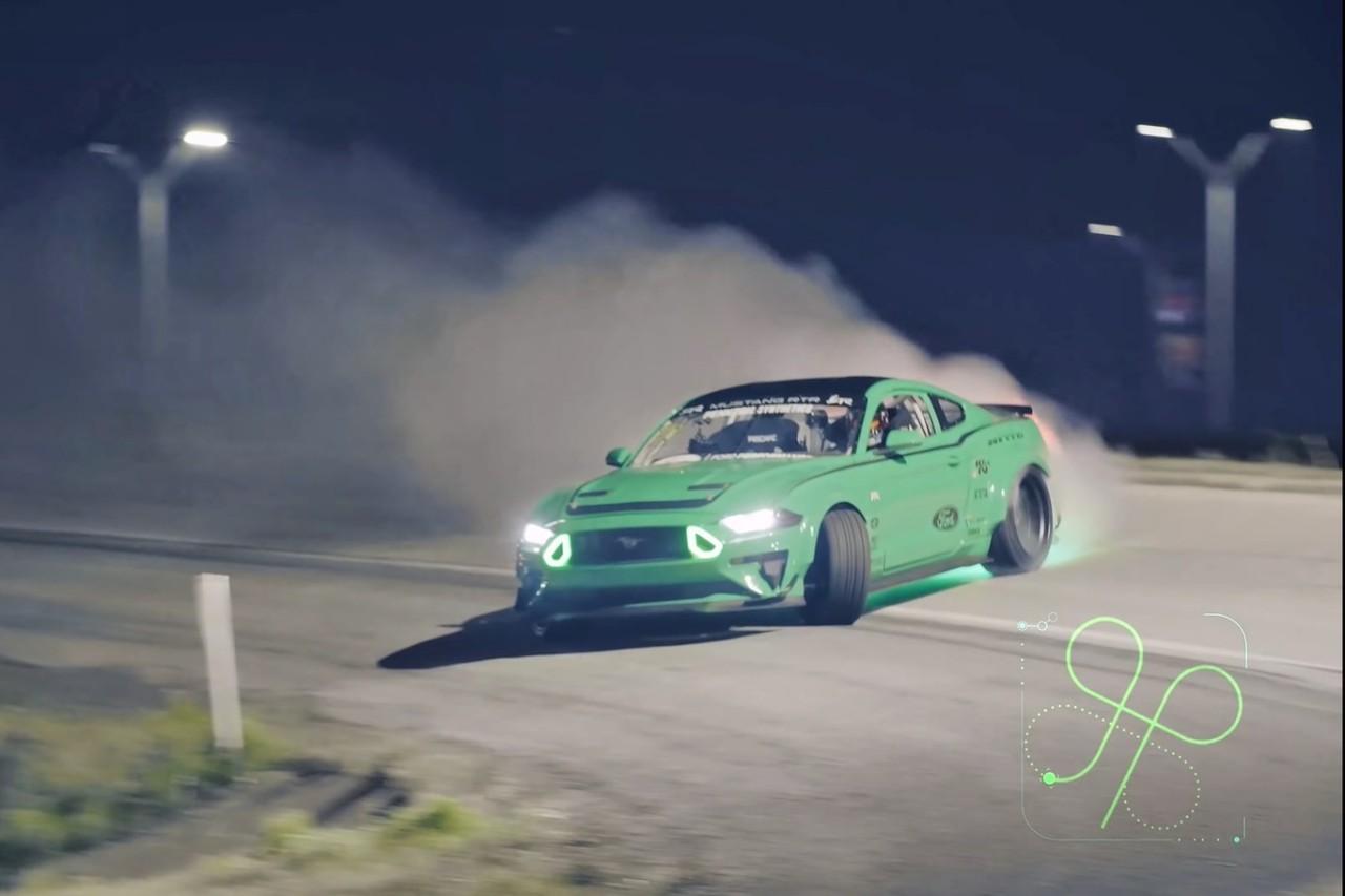 Vaughn Gittin Jr. – Ford Mustang RTR (1)