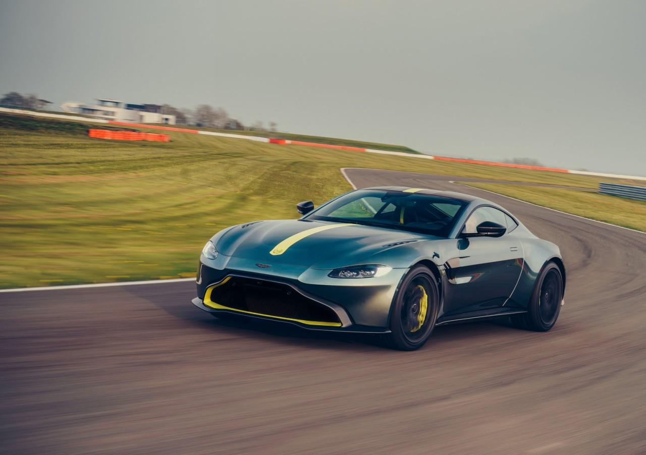 Aston Martin Vantage AMR (9)