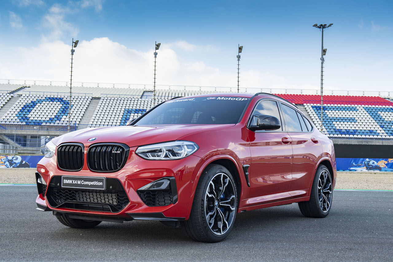bmw-x4-m-competicion-bmw-m-award-12