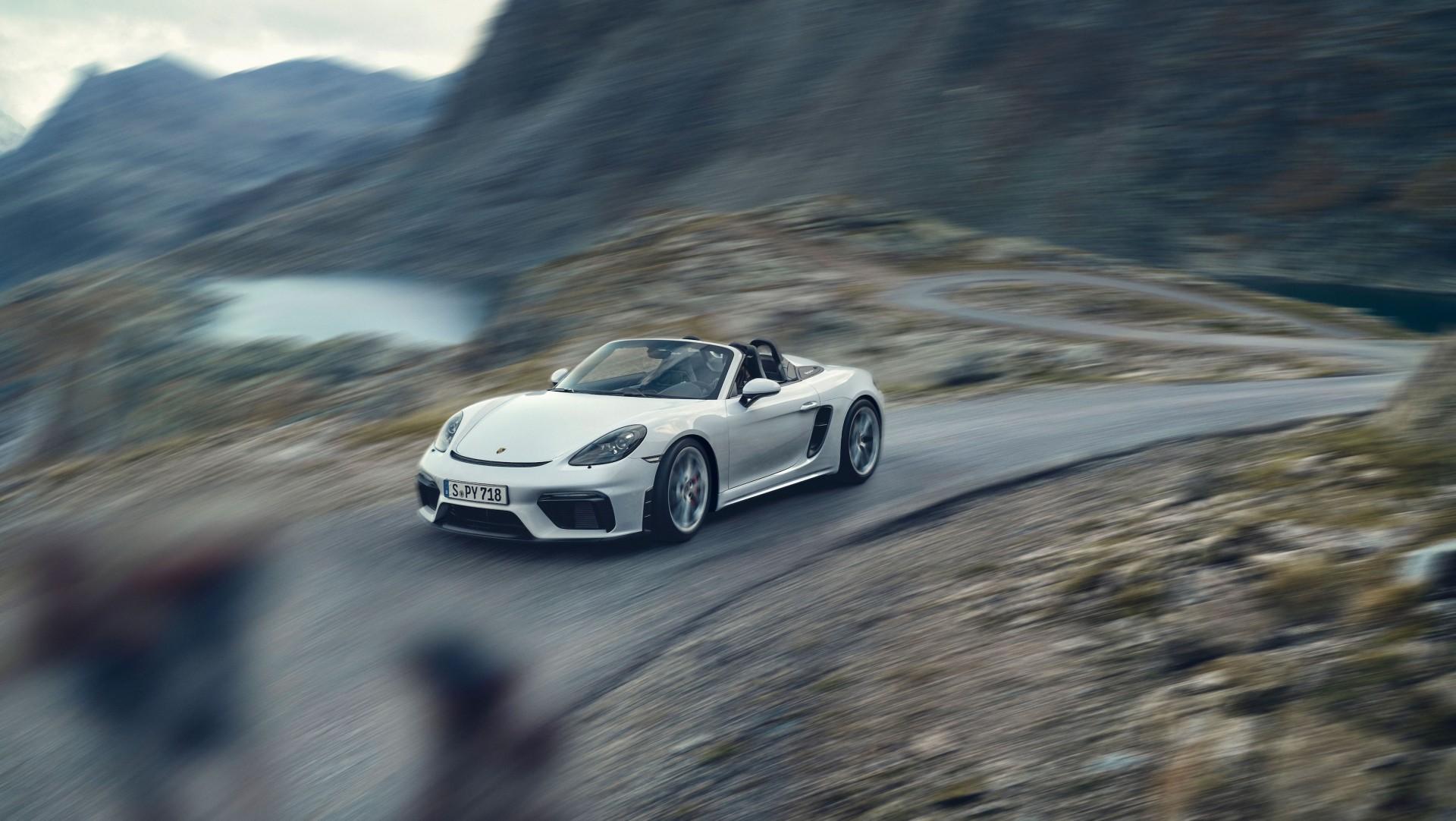 Porsche 718 Spyder (1)