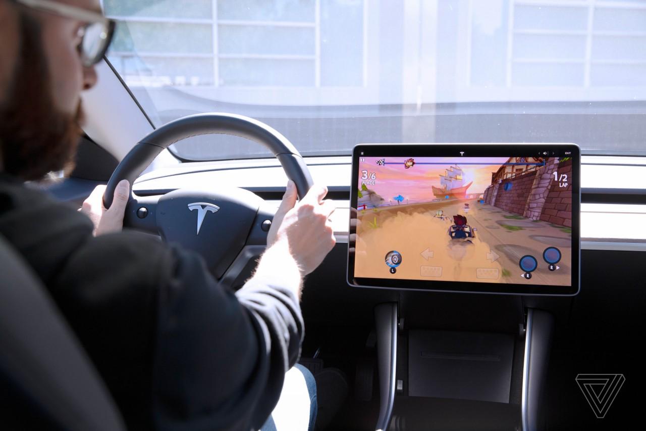 Tesla Juego