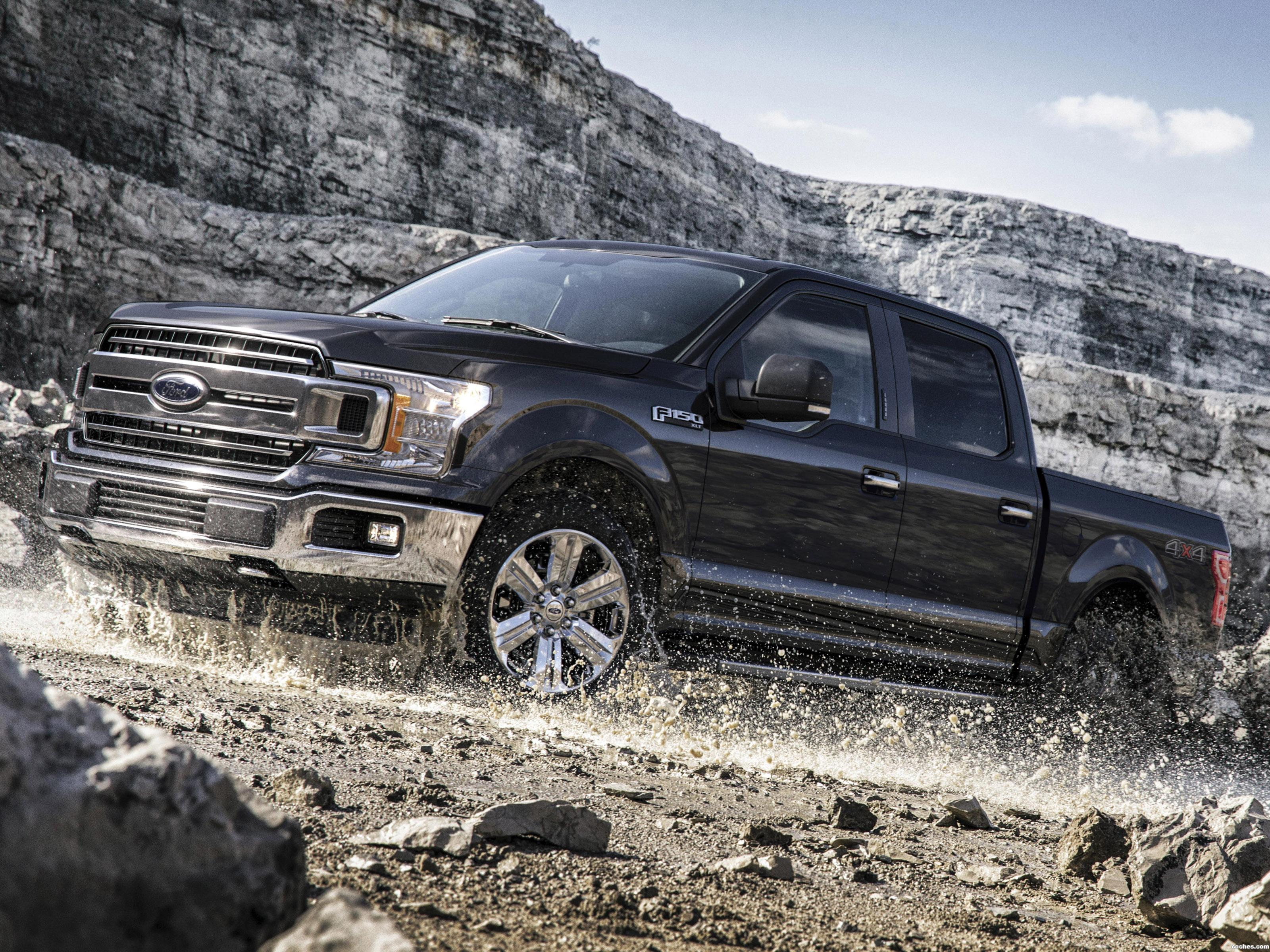 ford_f-150-xlt-supercrew-chrome-appearance-package-2017_r7.jpg