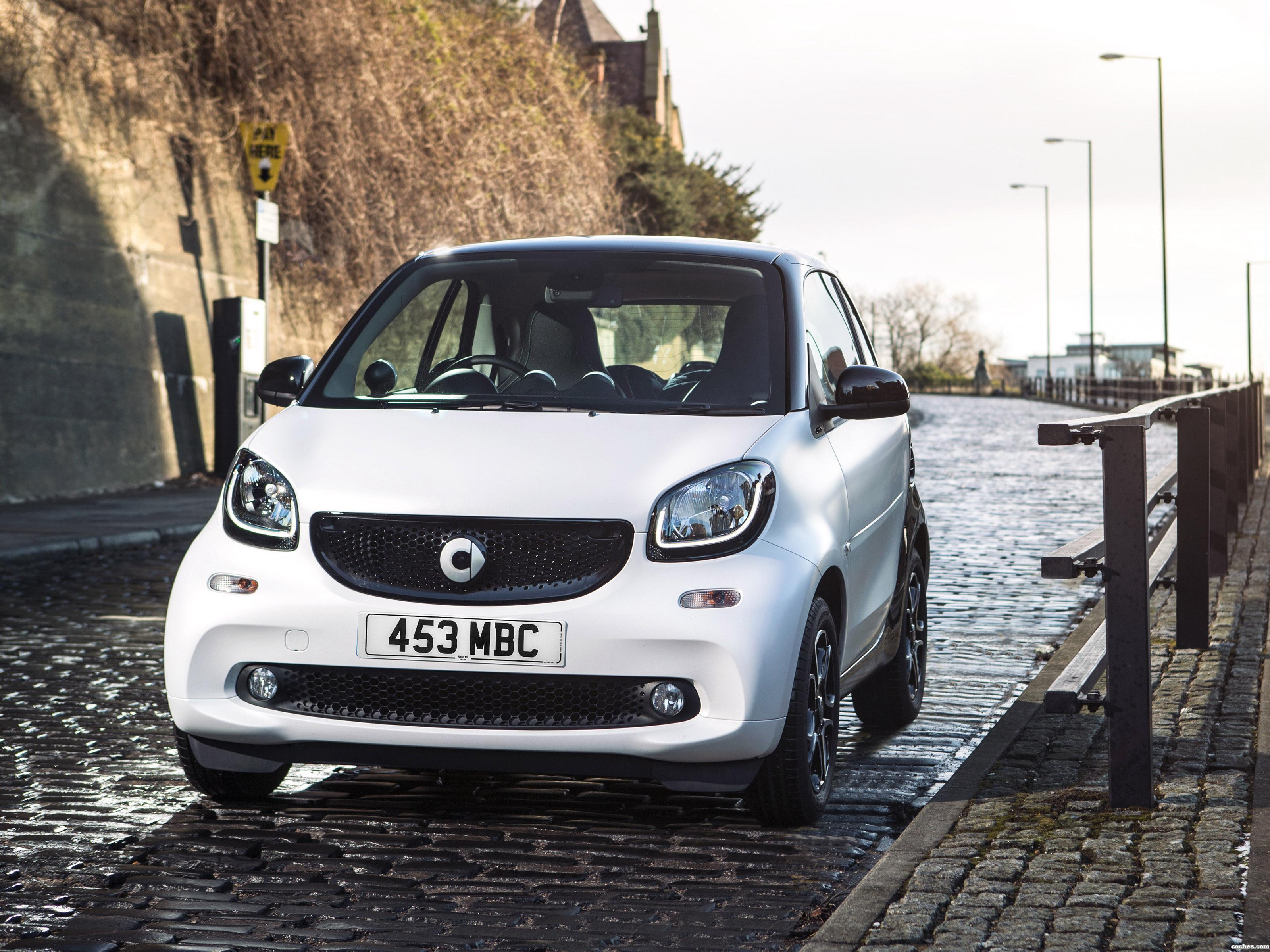 smart_fortwo-prime-coupe-c453-uk-2015_r19.jpg