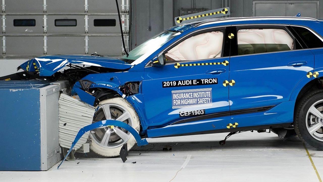 Audi e-tron prueba choque – 1
