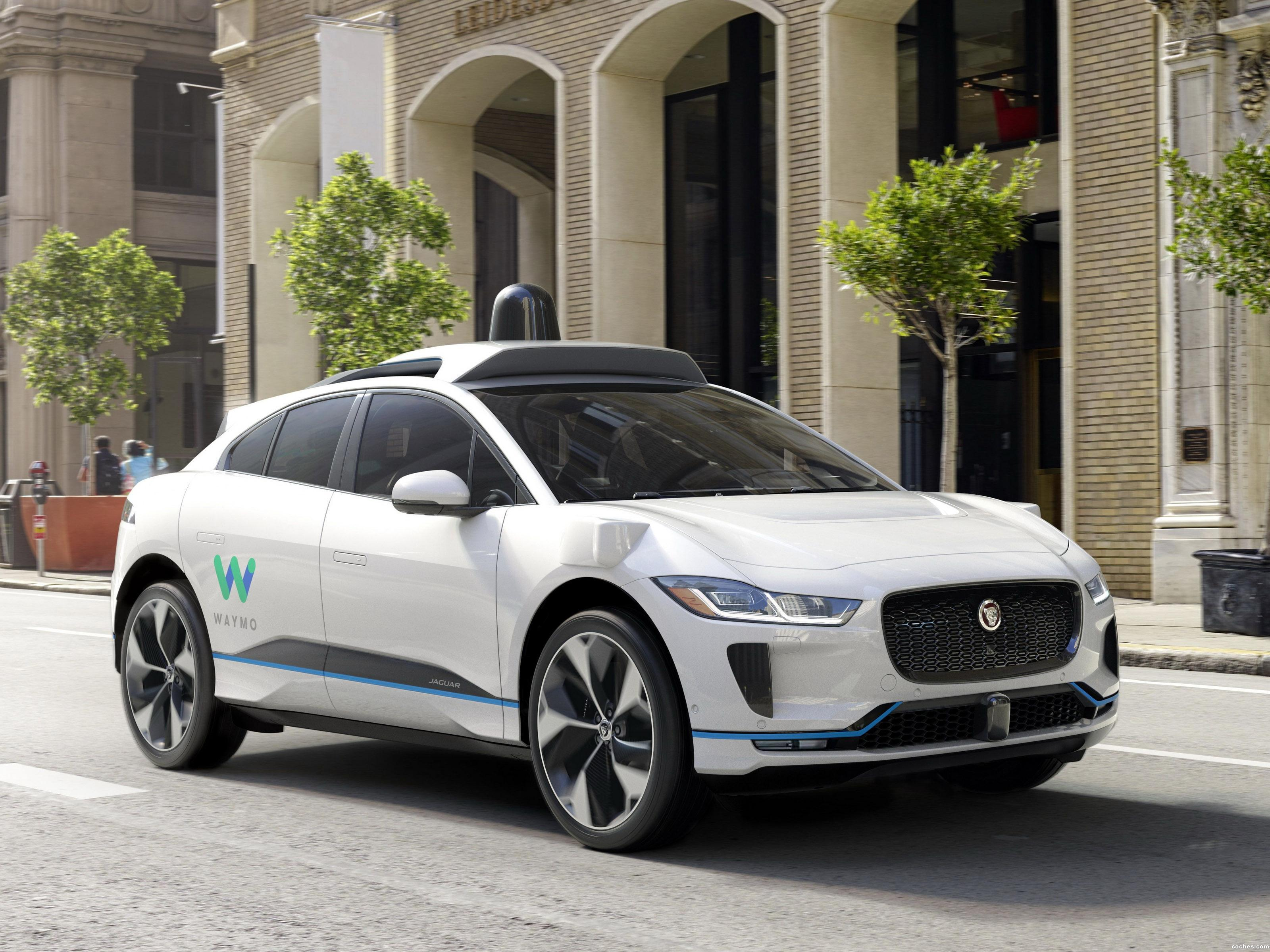 jaguar_i-pace-ev400-waymo-self-driving-vehicle-2018_r4.jpg