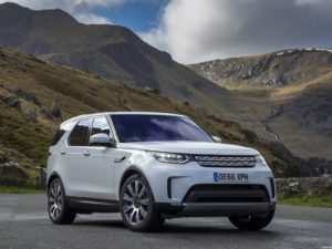 Land Rover Discovery HSE TD6 UK 2017