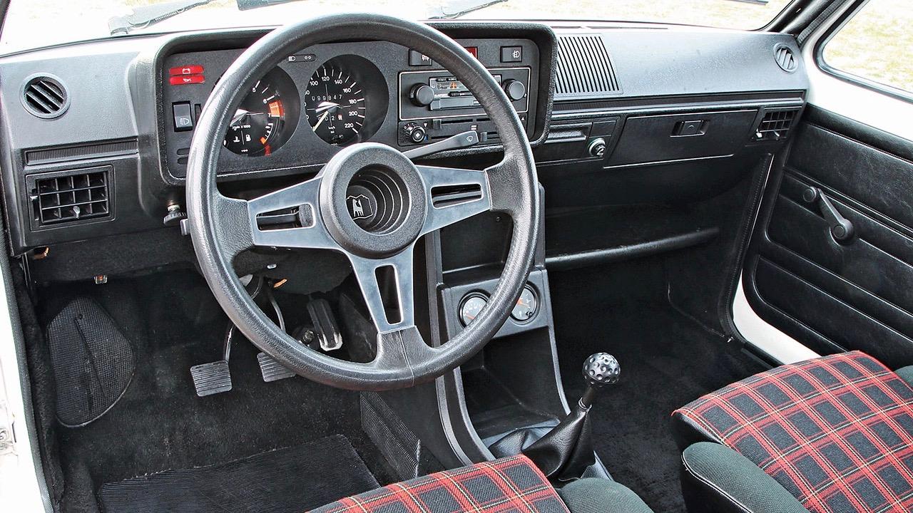 Volkswagen Golf GTI generaciones – 1 (2)