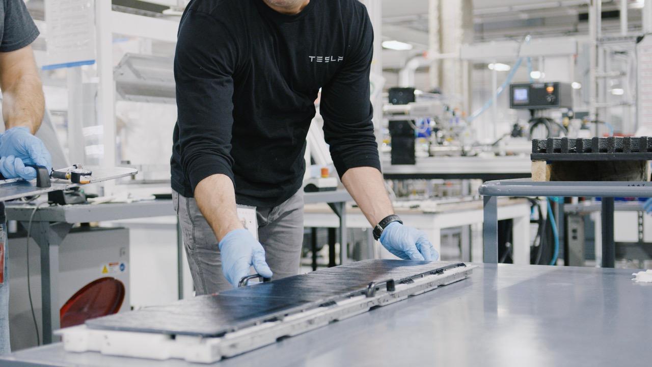 Tesla Gigafactory – 2