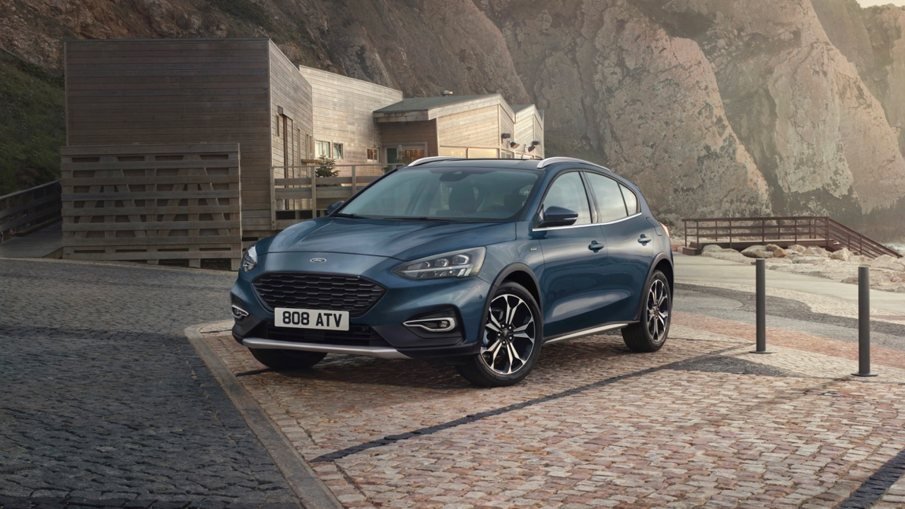 Ford Focus Popularity Hits 4-year High as Active X Vignale Model Introduced and EcoBoost Hybrid on the Way