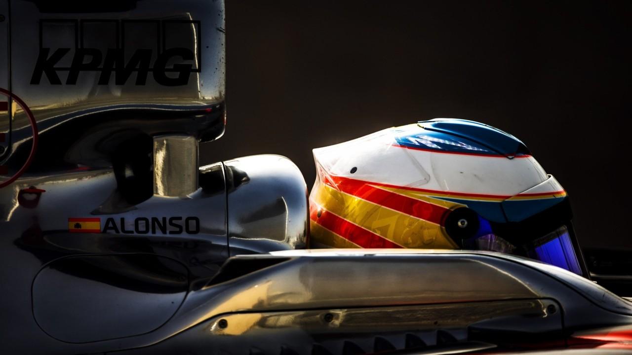 Fernando Alonso – Casco