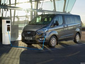 Fotos de Ford Tourneo Custom PHEV 2020