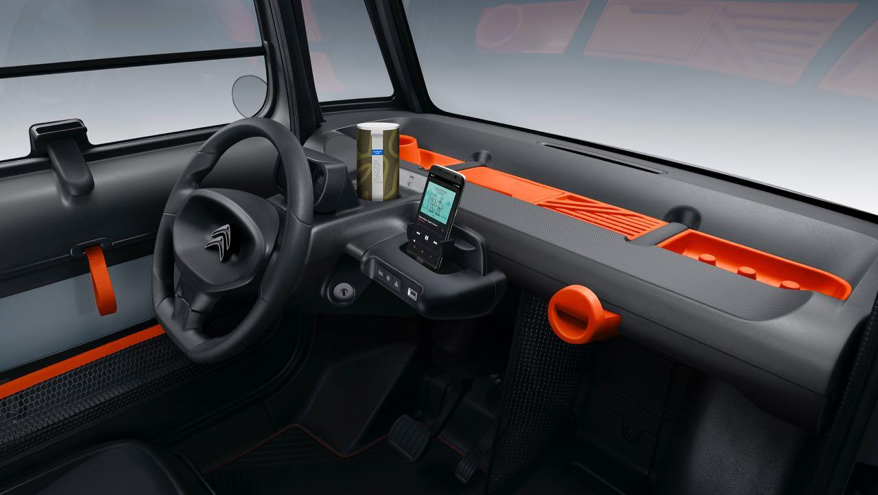 Citroen AMI 2020. Interior
