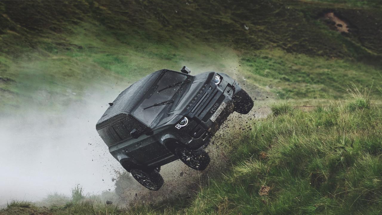 Land Rover Defender pelicula Bond – 1
