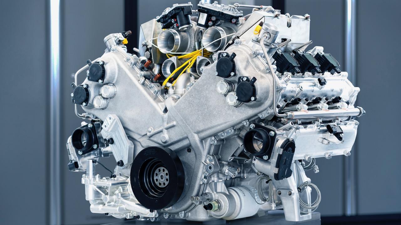 Aston Martin motor V6 – 8