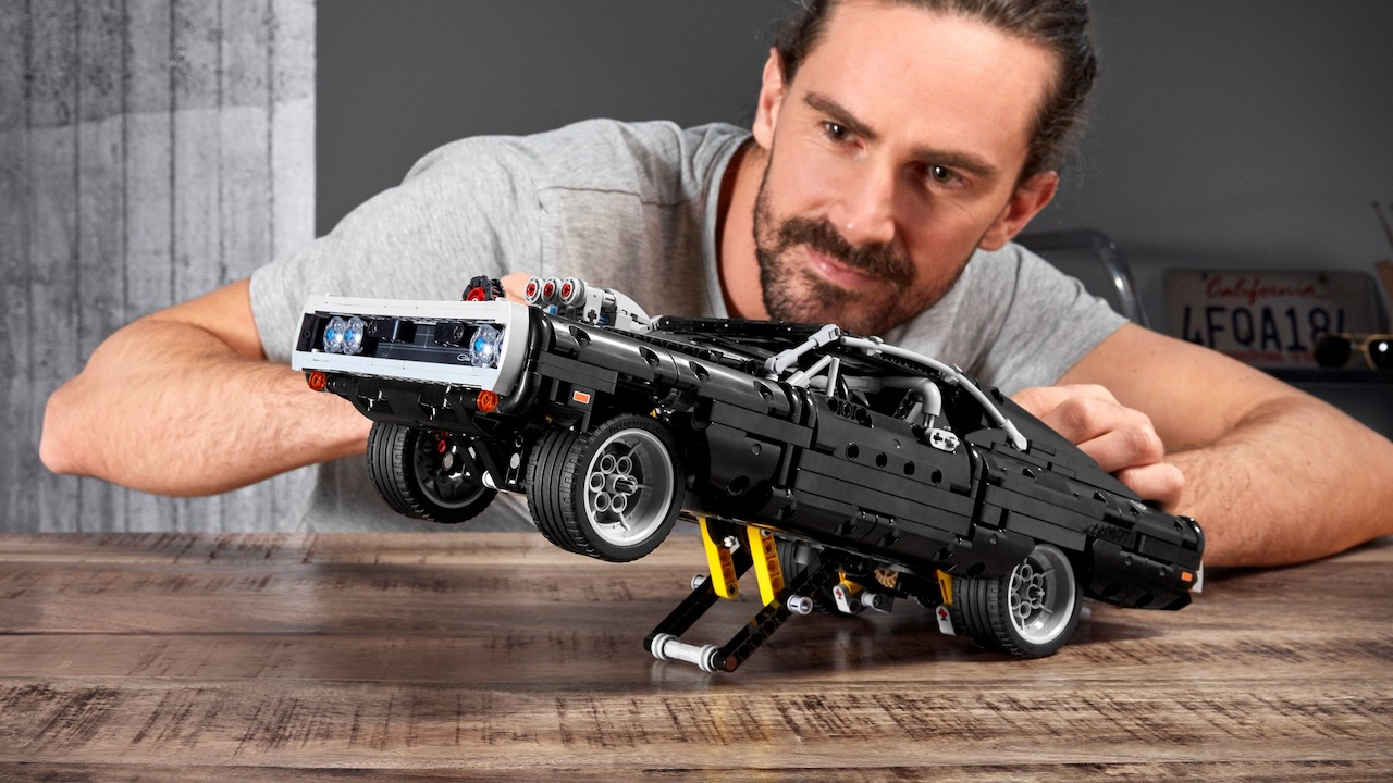 Dodge Charger LEGO Technic – 5