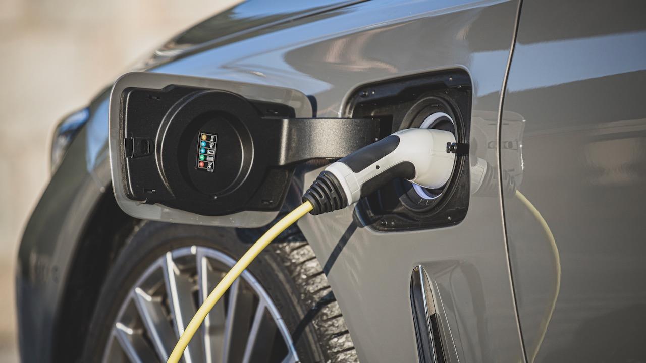 Futuro BMW Serie 7 electrico – 1