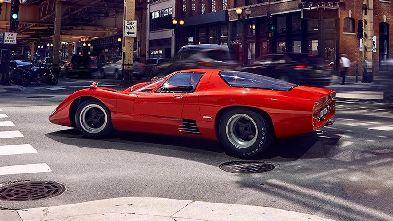 McLaren-M6GT-4