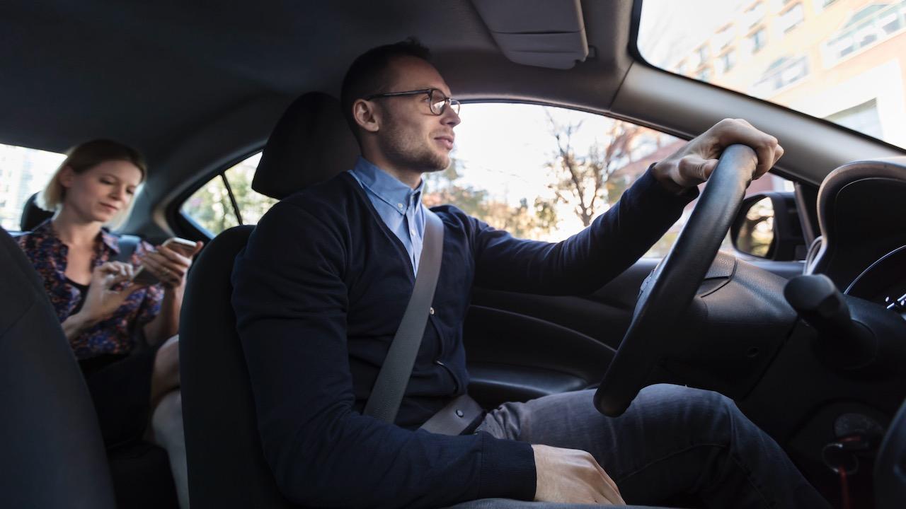 conductor pasajero atras – 1