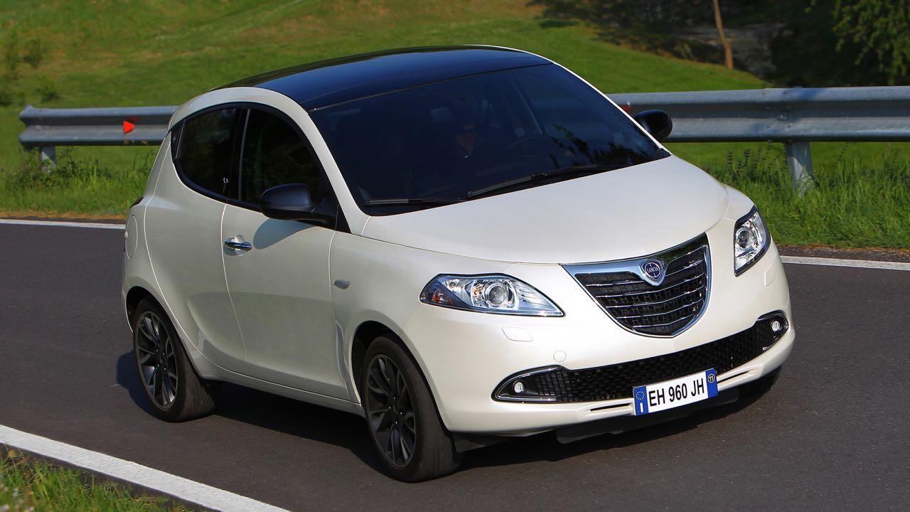 Lancia Ypsilon 2011 – 15