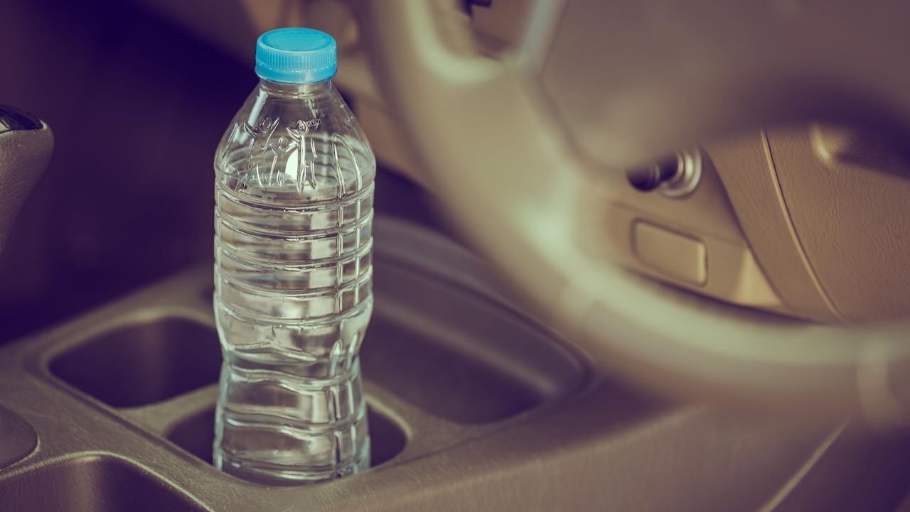 botella agua coche – 2