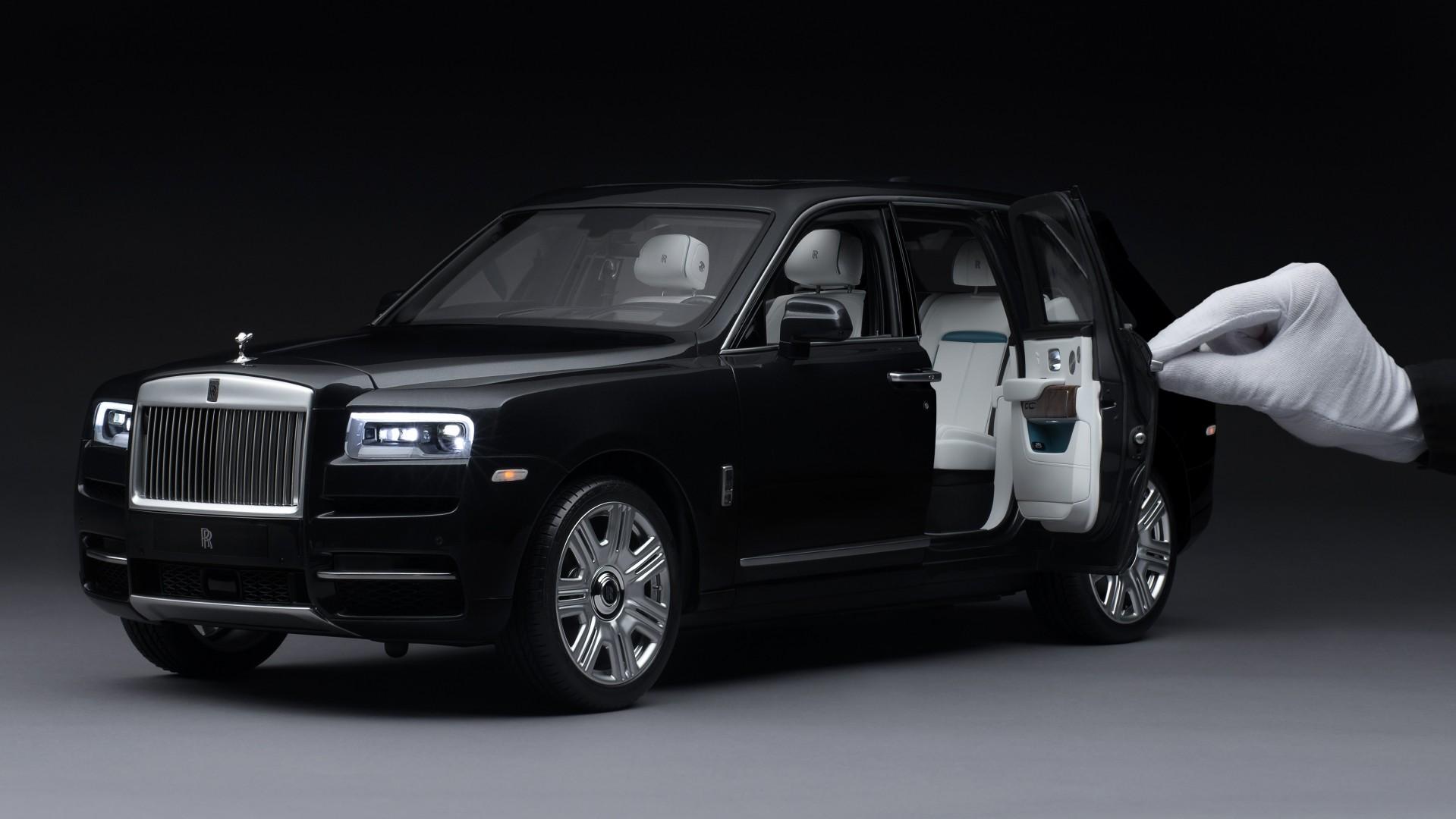 Rolls-Royce Cullinan – Maqueta Escala 1-8 (3)